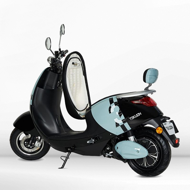Scooter eléctrico 800W matriculable Moma EcoXtrem
